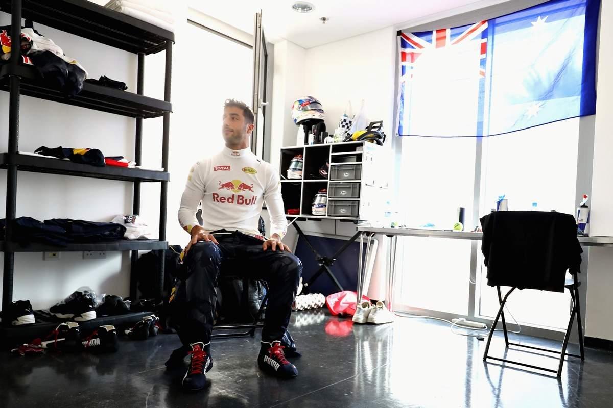 Daniel Ricciardo sets new lap record at Monaco F1 Grand Prix