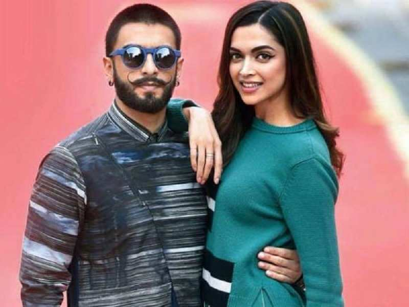 Deepika Padukone And Ranveer Singh Bond With Each Others Family On