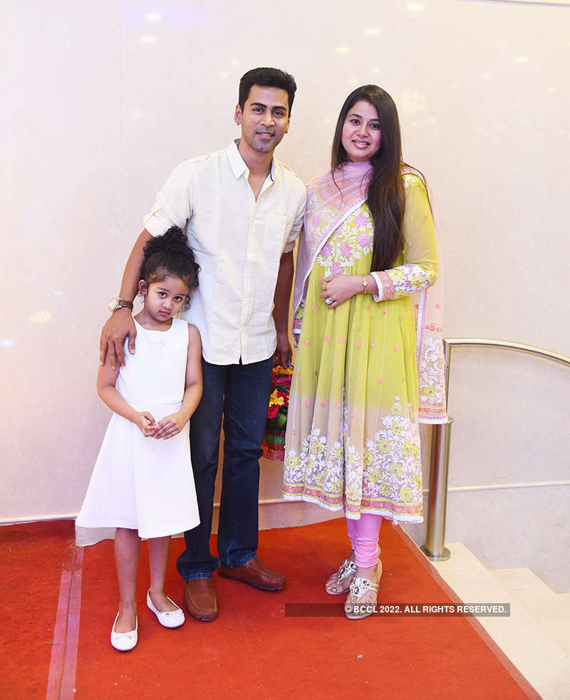 Rajkumar Periasamy and Jaswini J's starry wedding reception