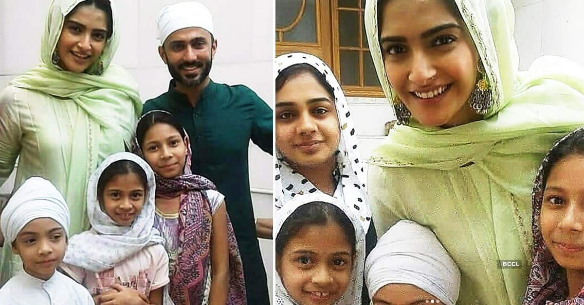 Newly-wed Sonam Kapoor & Anand Ahuja seek blessings at a Delhi gurudwara, see pictures