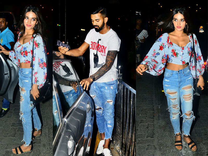 Cricketer Kl Rahul Spotted With This Bollywood Actress