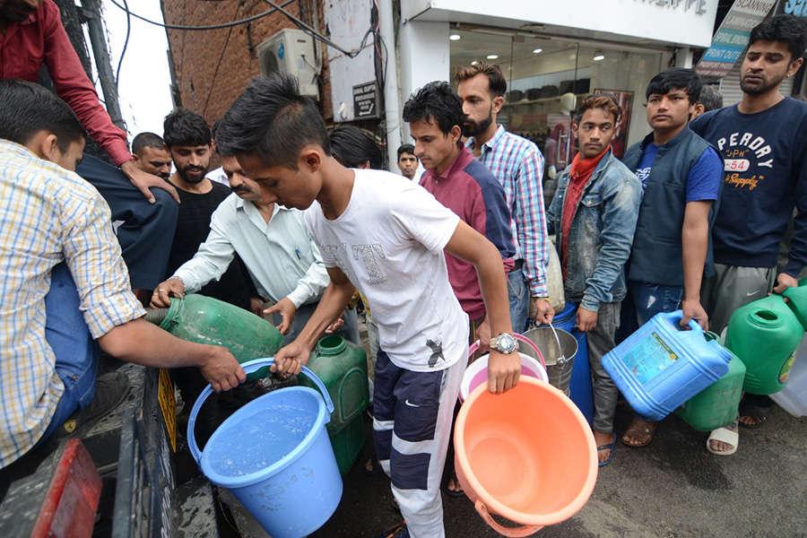 Short supply of water cripples Shimla