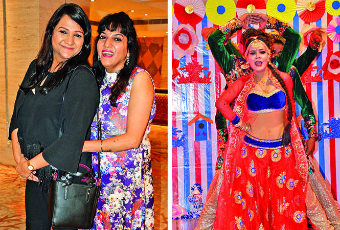 (L) Mohni and Chhavi (R) A dance troupe from Delhi kept everyone entertained (BCCL/ IB Singh)