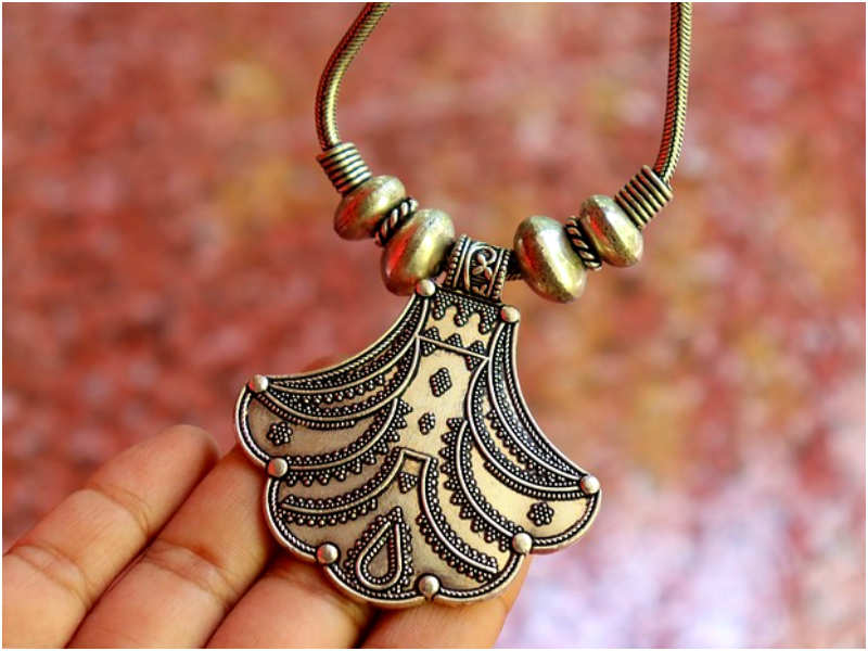 Tips to take care of artificial jewellery | The Times of India