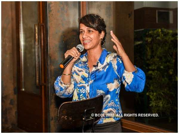 Stuntwoman Geeta Tandon addressing the audience