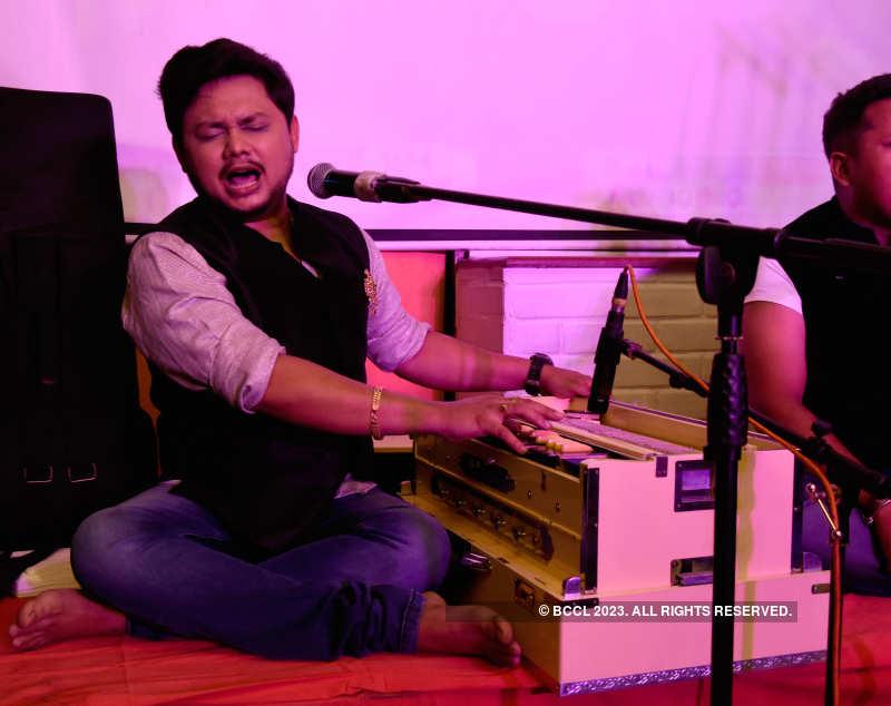 Band Humsufi performed at a resto-pub