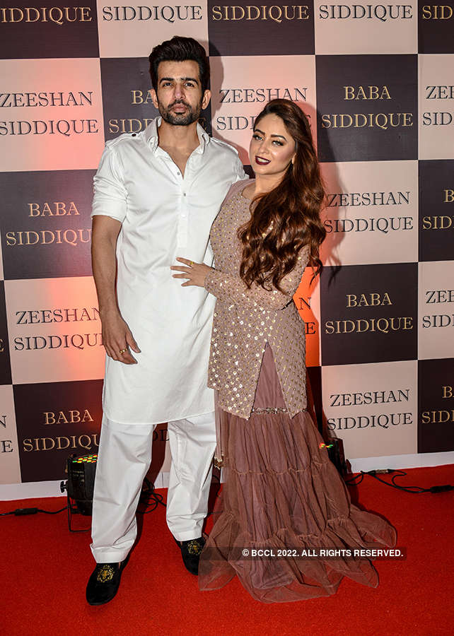 TV stars attend Baba Siddiqui's Iftar party