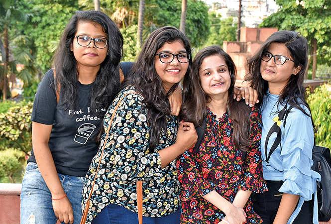 (L-R) Anshika, Shubhangi, Asmita and Tarushi (BCCL/ Vishnu Jaiswal)