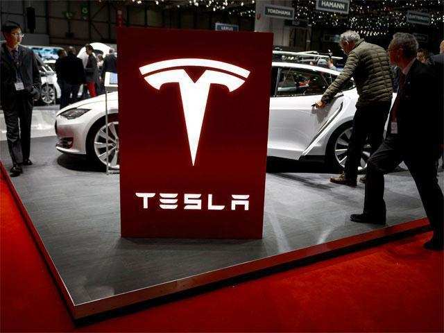 Tesla cuts 9% of workforce in search for profit | Gadgets Now