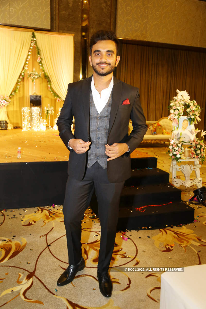 Cricketers galore at Karan Singhvi's engagement party