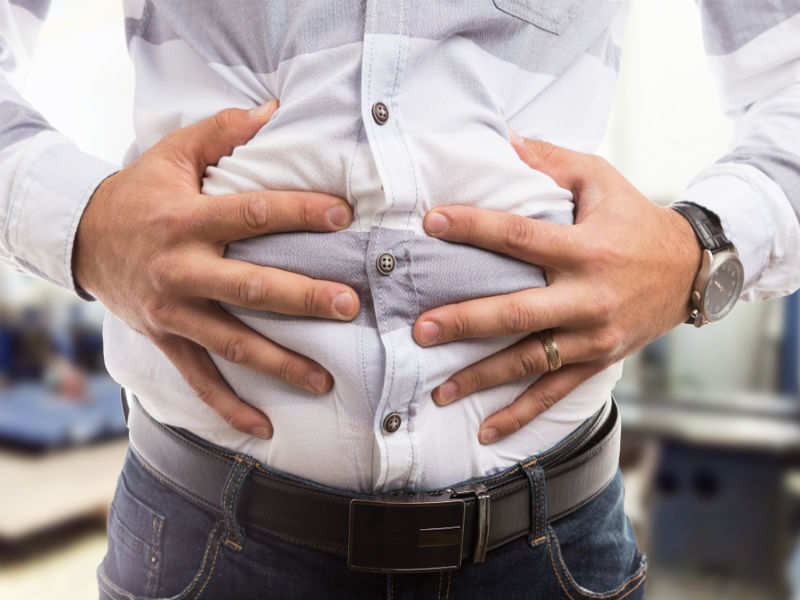 6 easy and effective home remedies to treat stomach bloating