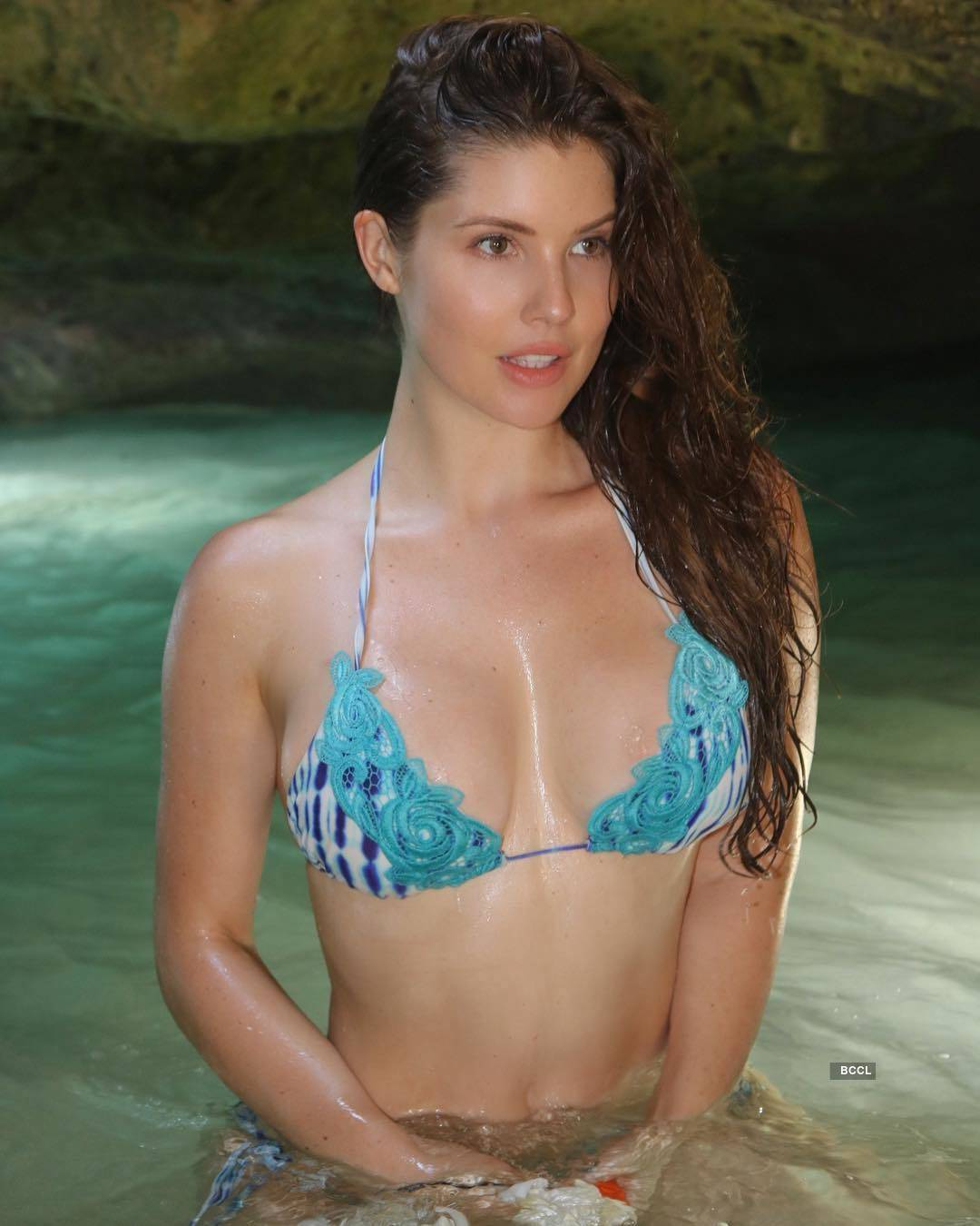 Amanda Cerny, the stunner