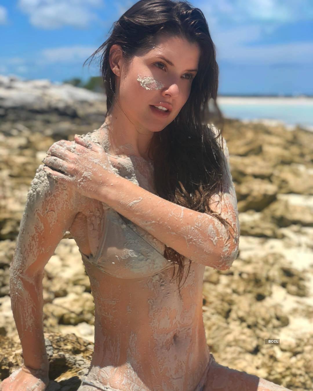 Amanda Cerny, the stunner