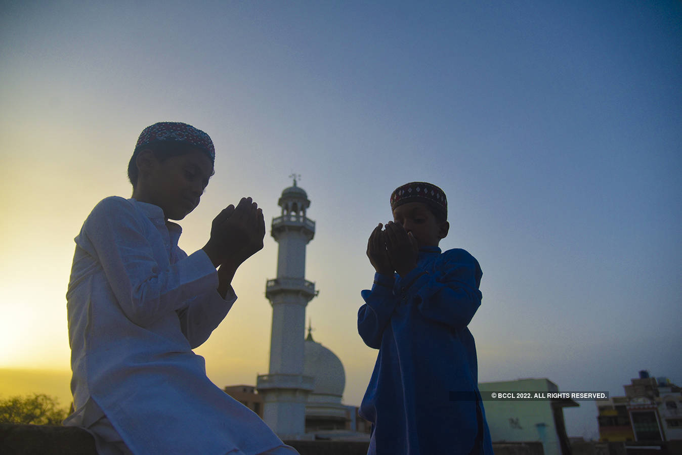 In pictures: Eid-ul-Fitr celebrations around the world