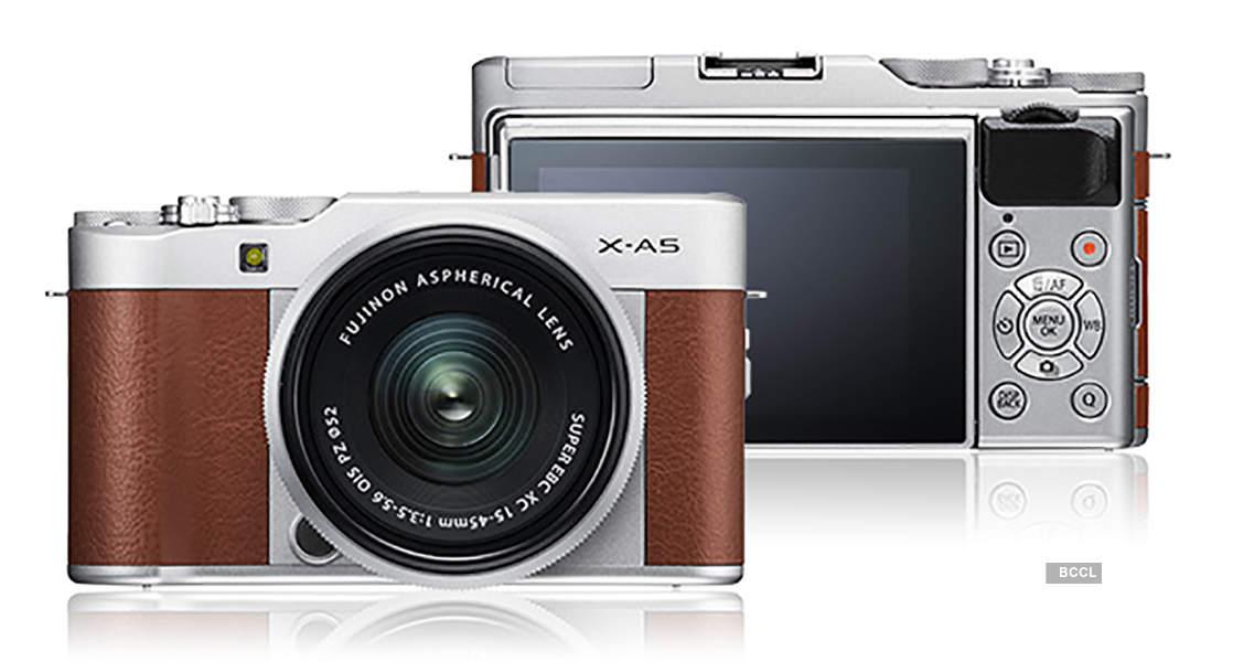 Fujifilm launches retro-style cameras
