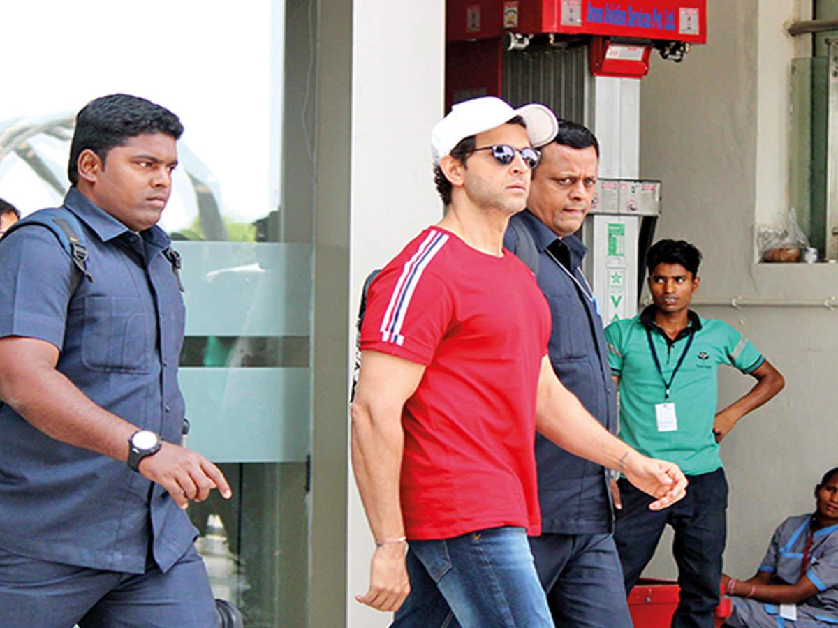 Hrithik in Varanasi to shoot 'Super 30'