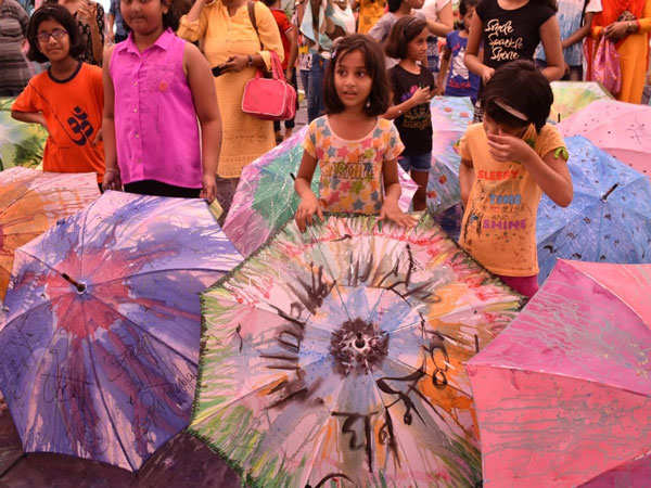 0b9ef8994b3b1 Mumbaikars paint their own colourful umbrellas | Events Movie News ...