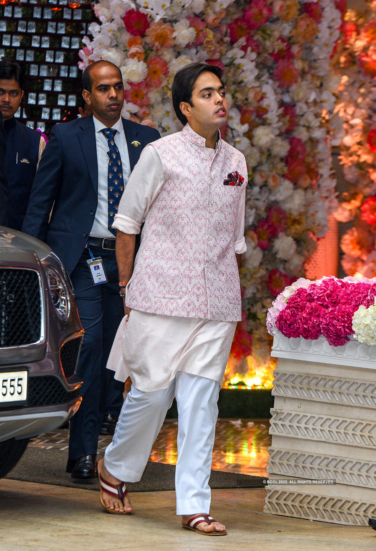 Priyanka & Nick's candid picture from Shloka Mehta and Akash Ambani's pre-engagement party