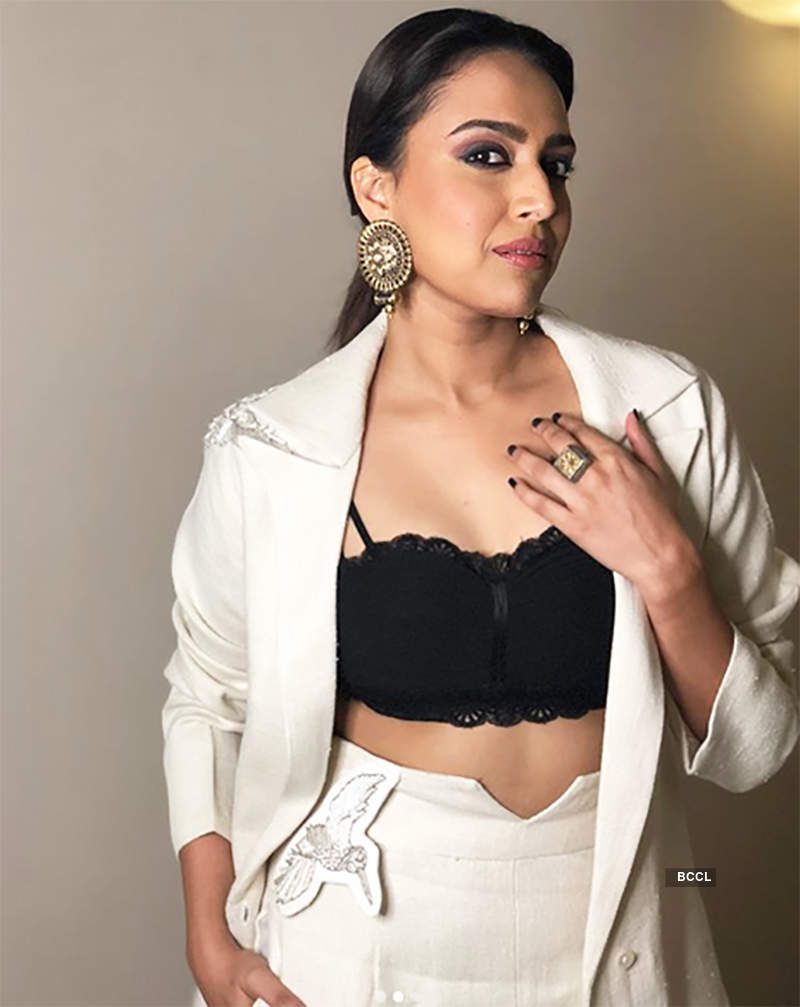 'This guy actually tried to kiss my ear' reveals Swara Bhasker