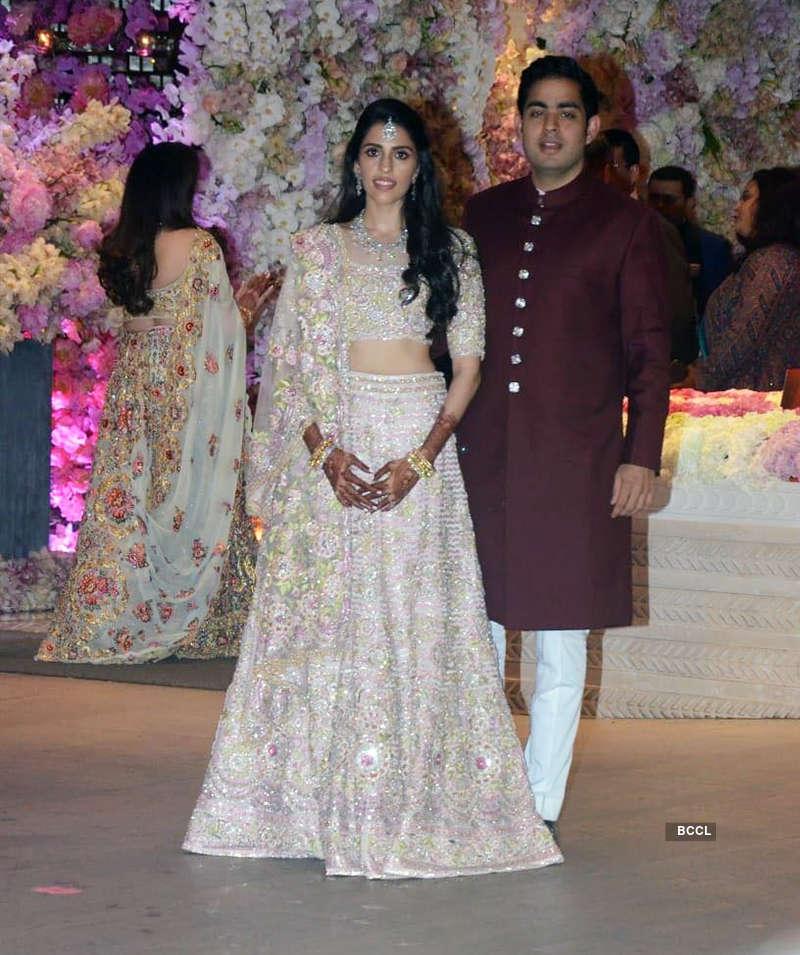 Photos of Shloka Mehta and Akash Ambani's engagement ceremony