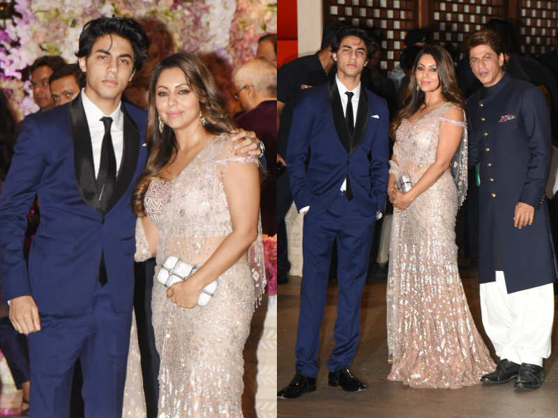 Aryan Khan, Gauri Khan and Shah Rukh Khan at Akash-Shloka's engagement
