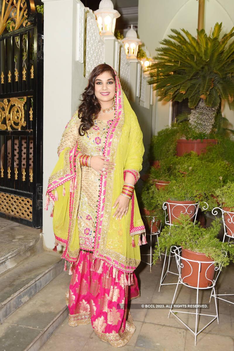 Amina Javeed's lavish mehendi ceremony