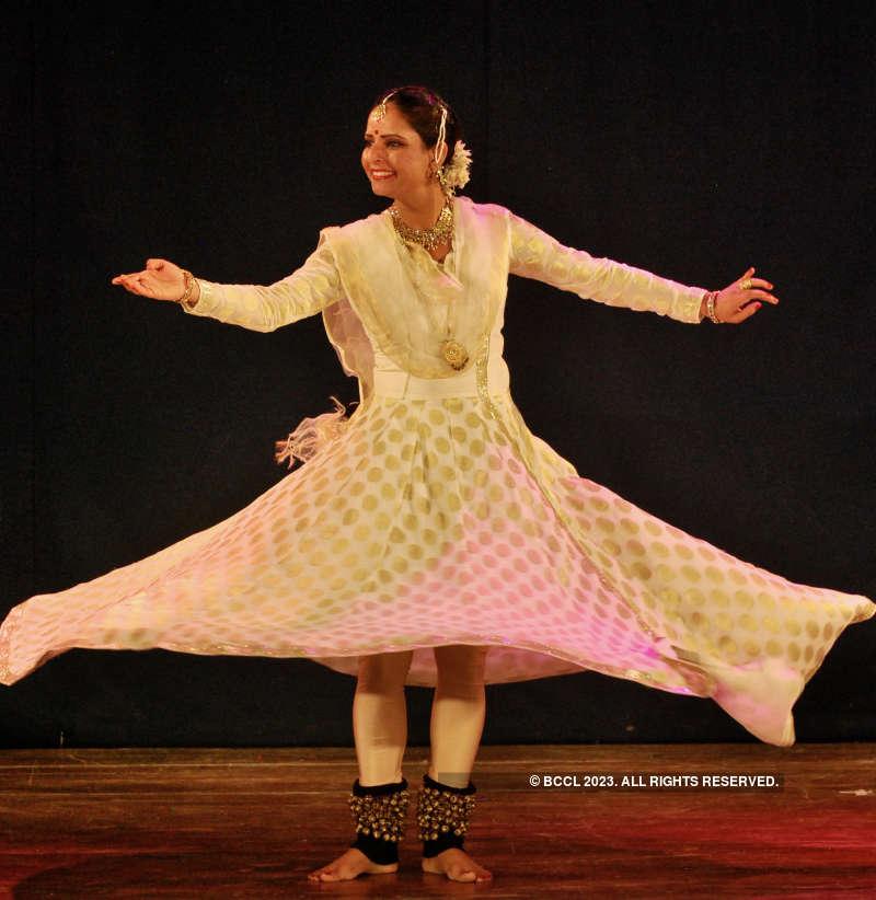 Puneites witness beautiful dance performances at Dancing Flames festival