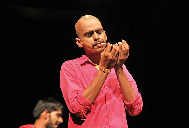 Sumit Tewari as Saale babu in the play (BCCL/ Aditya Yadav)
