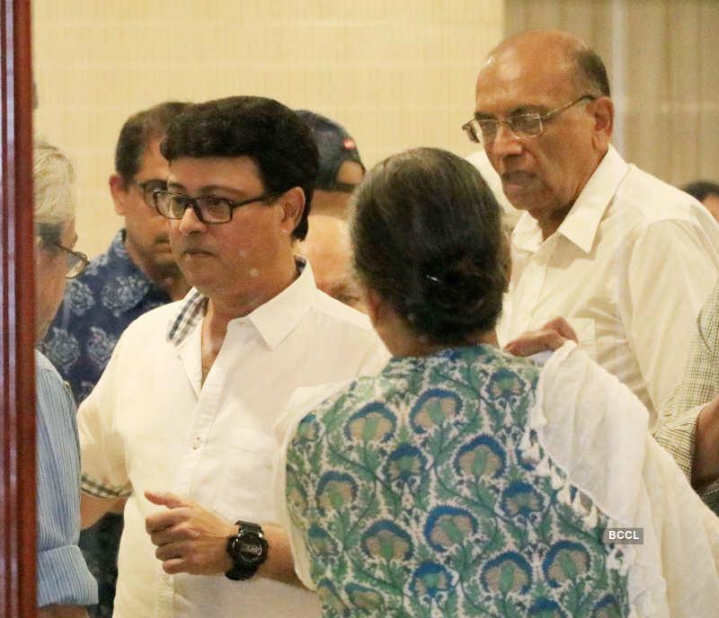 Juhi Parmar, Sachin Pilgaonkar and other celebs attend prayer meet of Rita Bhaduri
