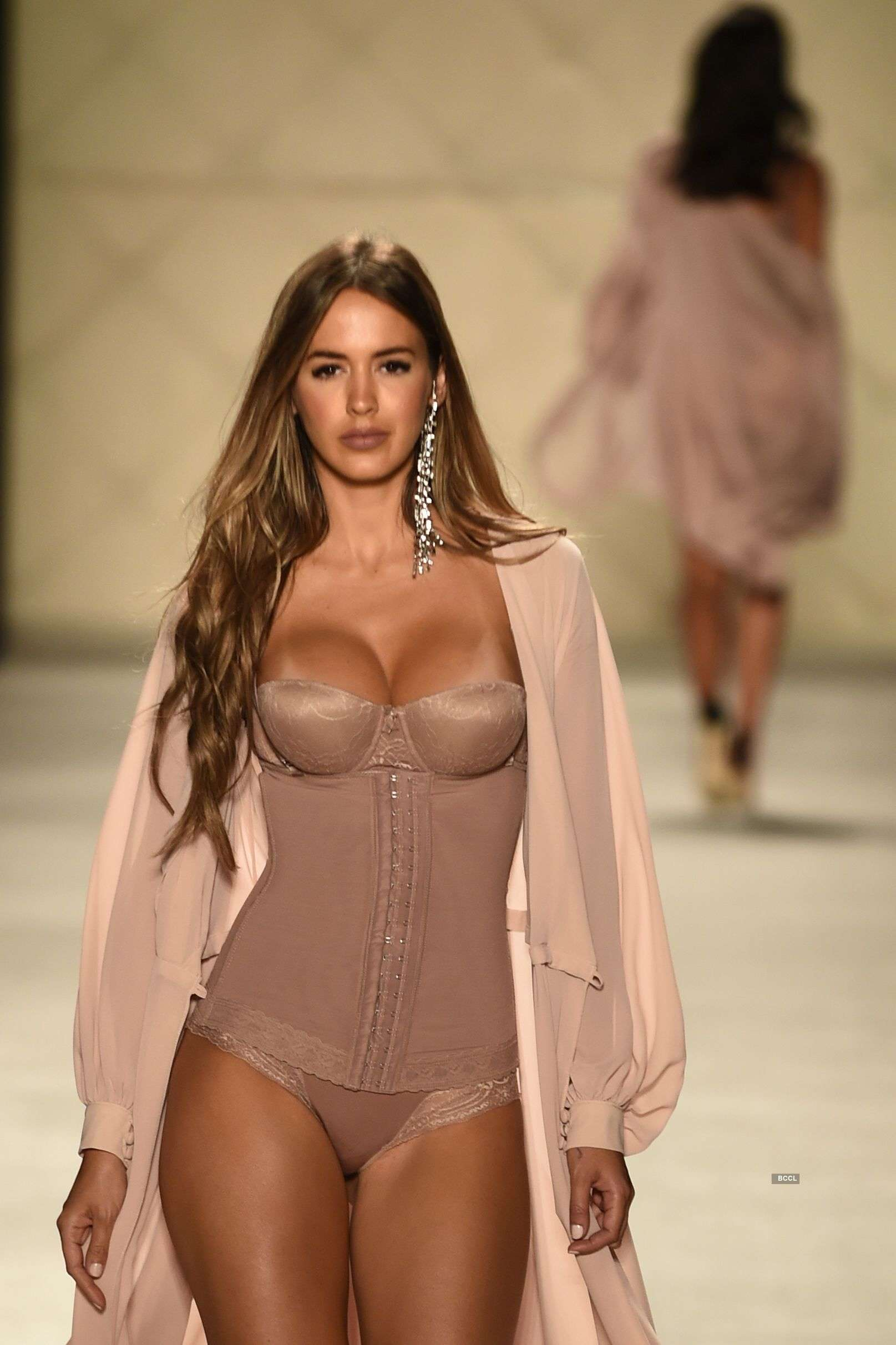 Columbia Fashion Week (Colombiamoda): Ann Chery