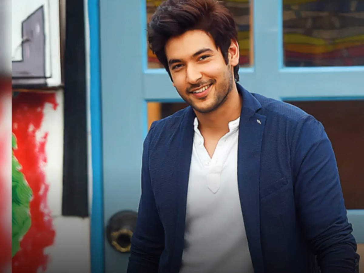 I debuted on TV as a DU student, so didn't have to prepare for it, says Shivin Narang