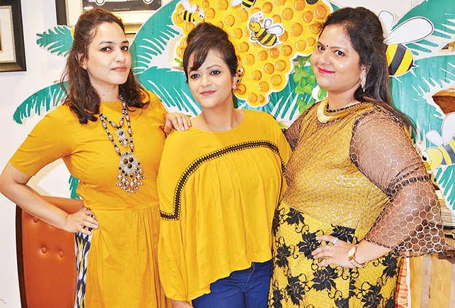 Parul, Kim and Nidhi Jain (BCCL/ IB Singh)