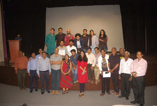 Participants of the Screenplay course with the faculty from FTII