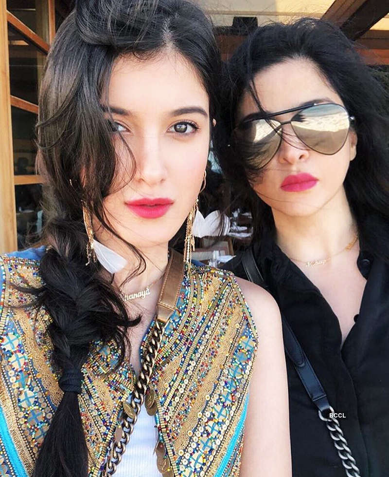 New glamorous pictures of Shanaya Kapoor you simply can't miss!