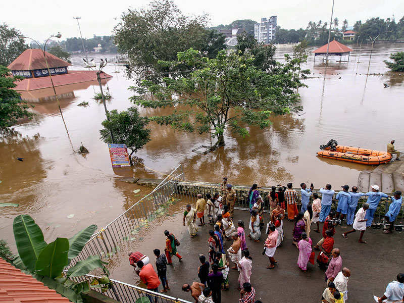 kerala floods  death toll rises to   landslides reported  highlights