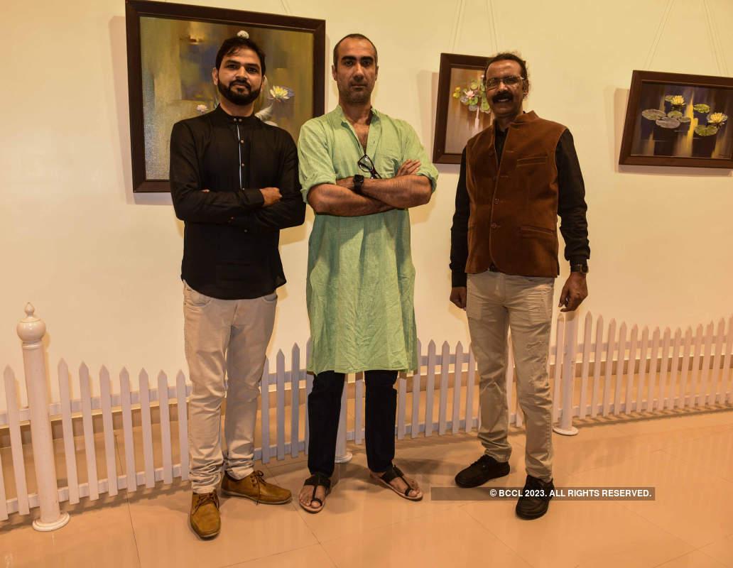 Ranvir Shorey inaugurates Vishwa Sahni and Sonu Gupta's art exhibition