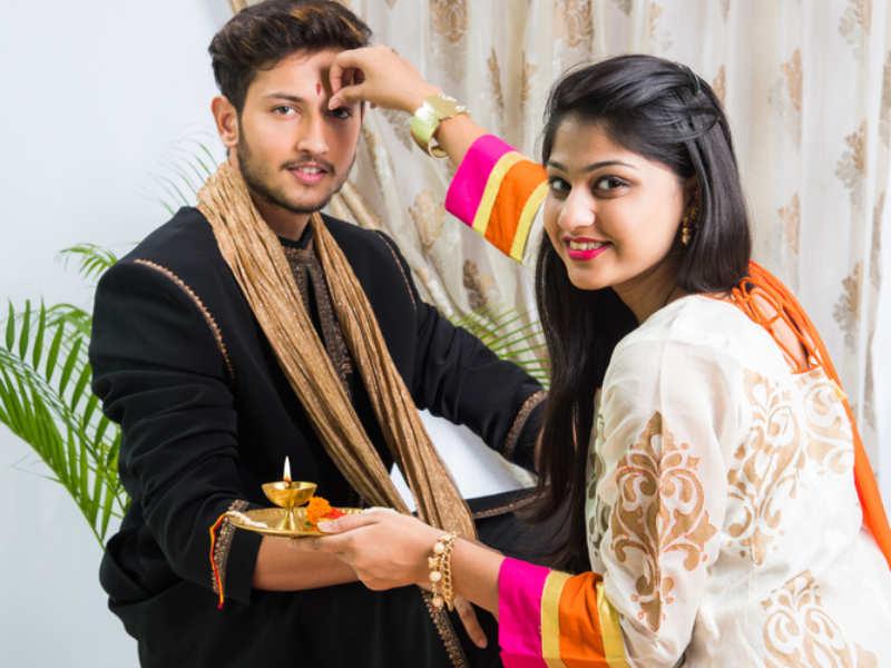 Happy Raksha Bandhan 2019 Images, Greetings and Photos