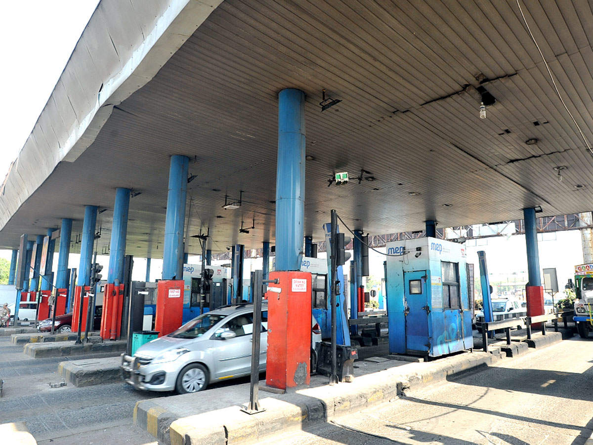Madras High Court wants separate toll lanes for judges, VIPs