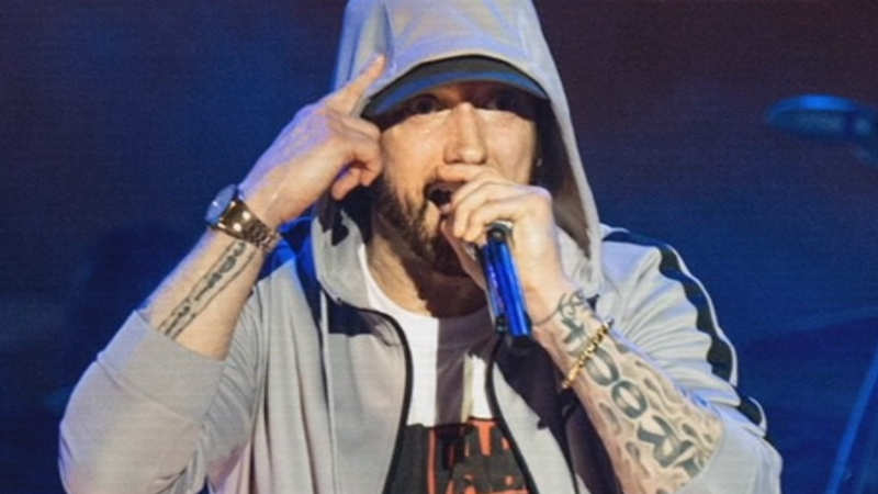 Surprise! Eminem drops new album 'Kamikaze'