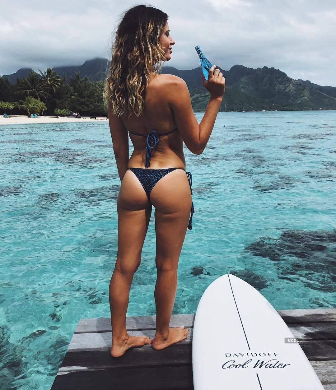 The surfing stunner Anastasia
