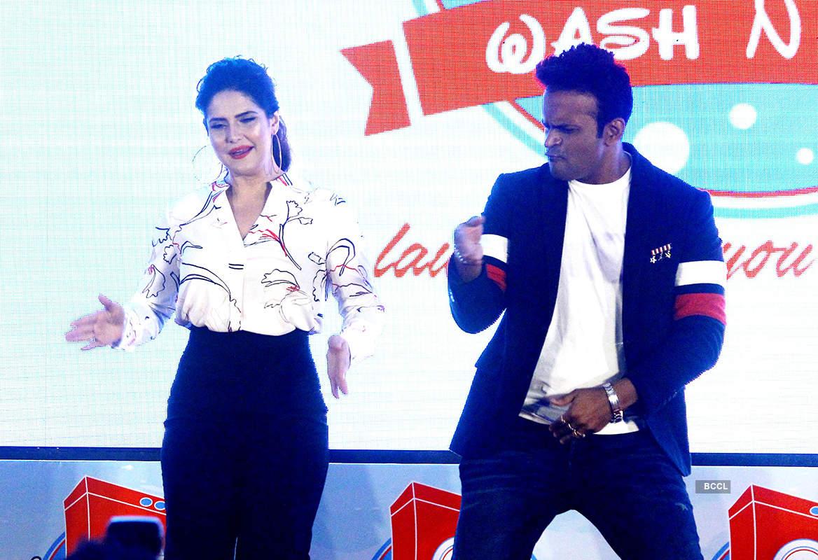Zareen Khan launches Wash N Dry app