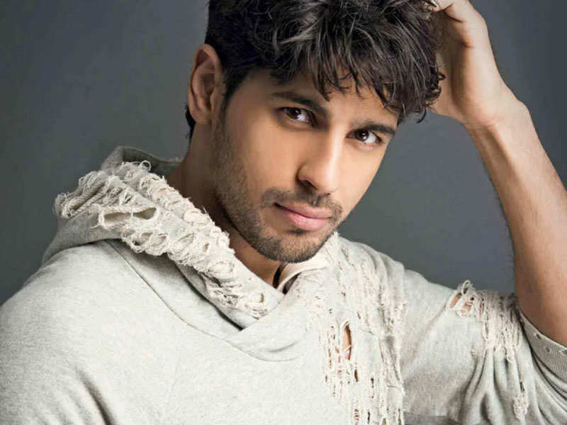 Image result for Taapsee Pannu and Sidharth Malhotra