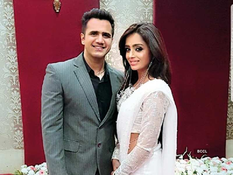 Image result for Parul Chauhan got hitched to Chirag Thakkar