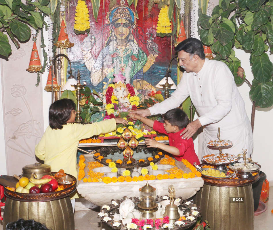 Celebrities bid adieu to Ganpati Bappa in a special way!
