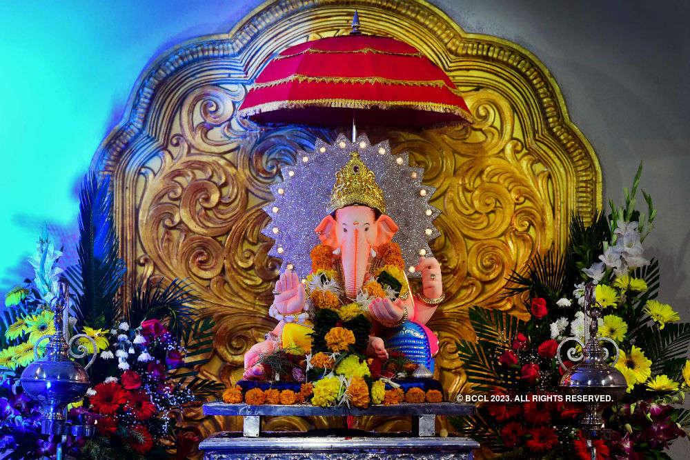 Ganesh chaturthi 2018 Famous Ganpati pandals