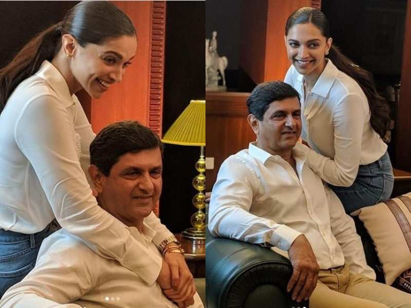 Photos Deepika Padukone And Dad Prakash Padukone Donning White T