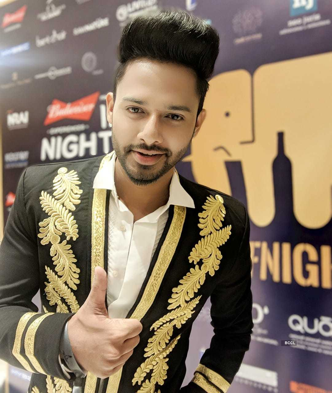 Singer Stebin Ben receives Artist of the year (Bollywood) at India Nightlife Awards 2018