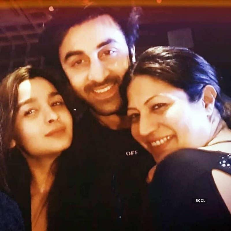 Viral pictures from Alia Bhatt and Ranbir Kapoor's Diwali celebration
