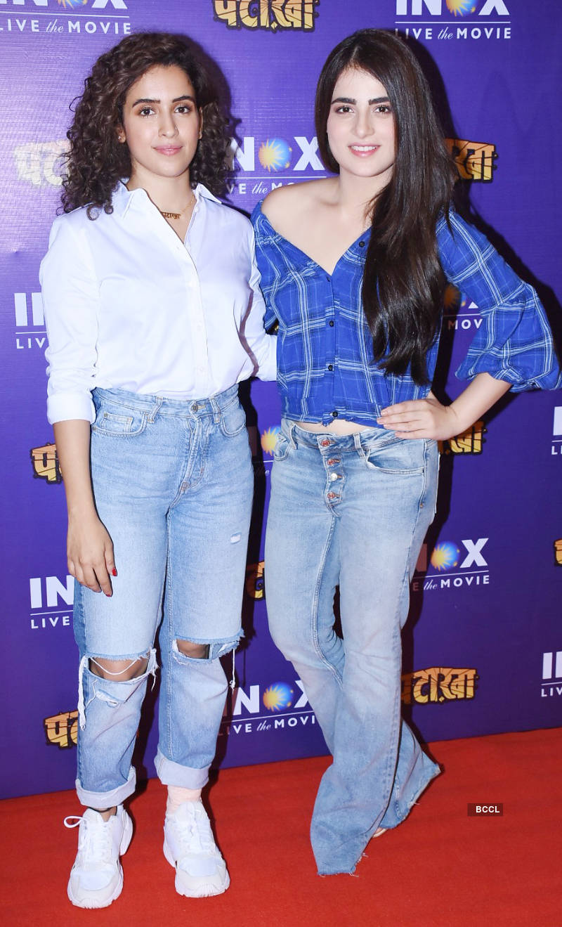 Pataakha: Promotions