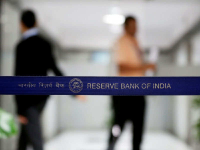 Rupee falls below 74 against dollar as RBI keeps repo rate unchanged